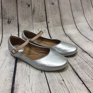Clarks Feature Film Mary Jane Flats Silver